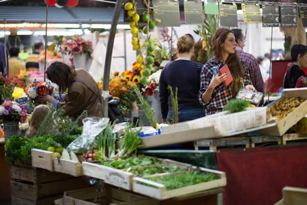 Les marchés parisiens lancent la livraison à domicile
