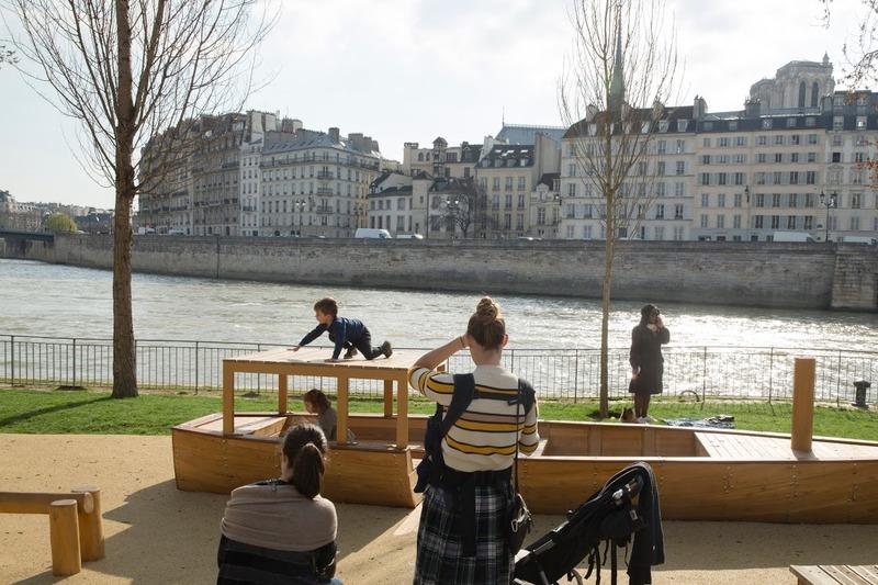 Jeux d'enfants au Parc des Rives de Seine