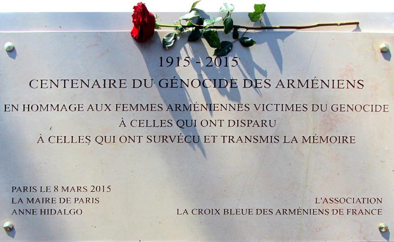 Hommage aux femmes arméniennes victimes du génocide