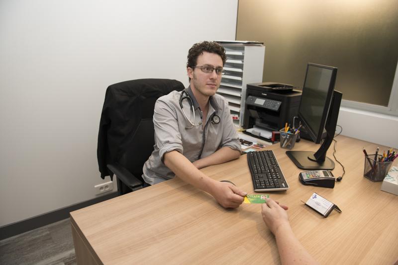 David Azérad, médecin généraliste au centre de santé Fontarabie