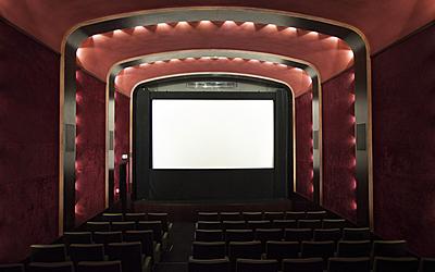 La petite salle du Cinéma le Louxor