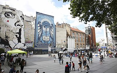 Rencontre avec le street artiste, Shepard Fairey et ambiance place Stravinsky
