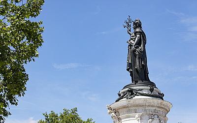 Statue , Place de la république