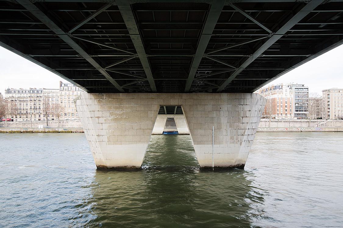 Pont du Garigliano, construit de 1963 à 1966 par Davy et Thenault