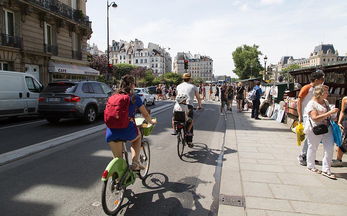 De Nouvelles Pistes Cyclables Dans La Capitale Ville De Paris