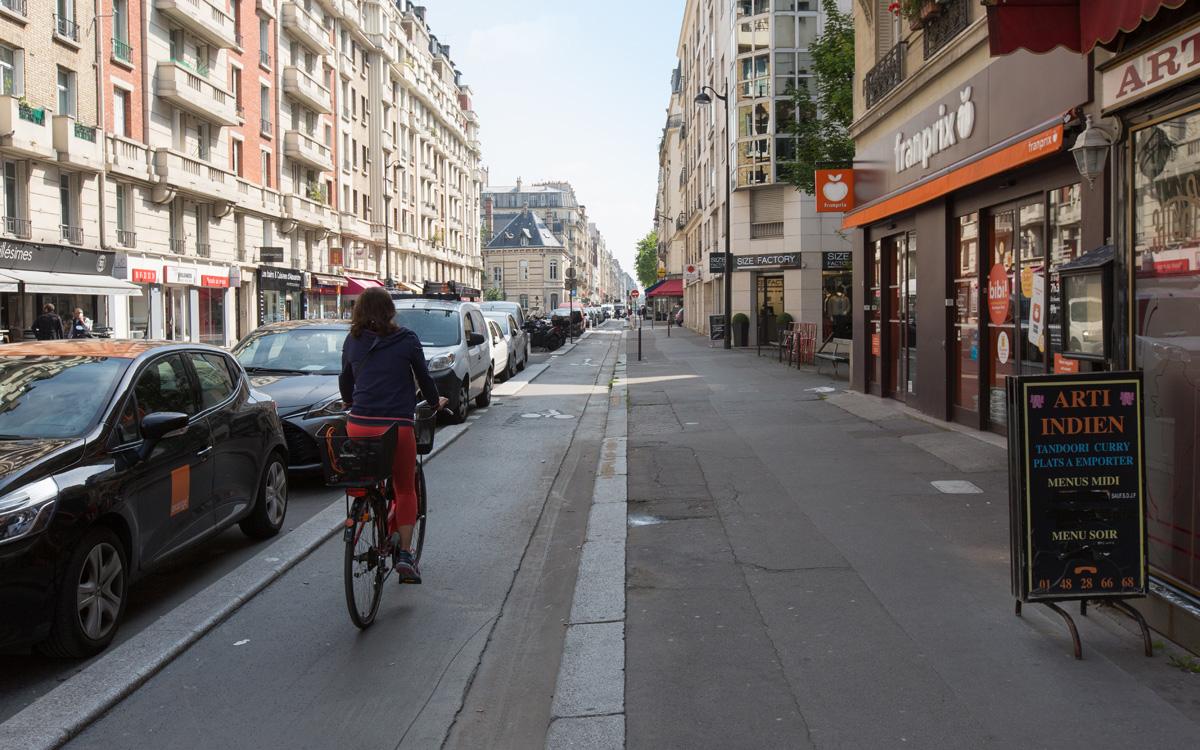Nouvelle piste cyclable rue Lecourbe