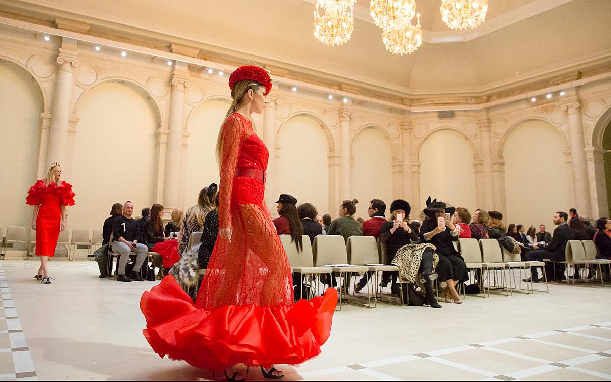 Paris Aime La Mode Ville De Paris