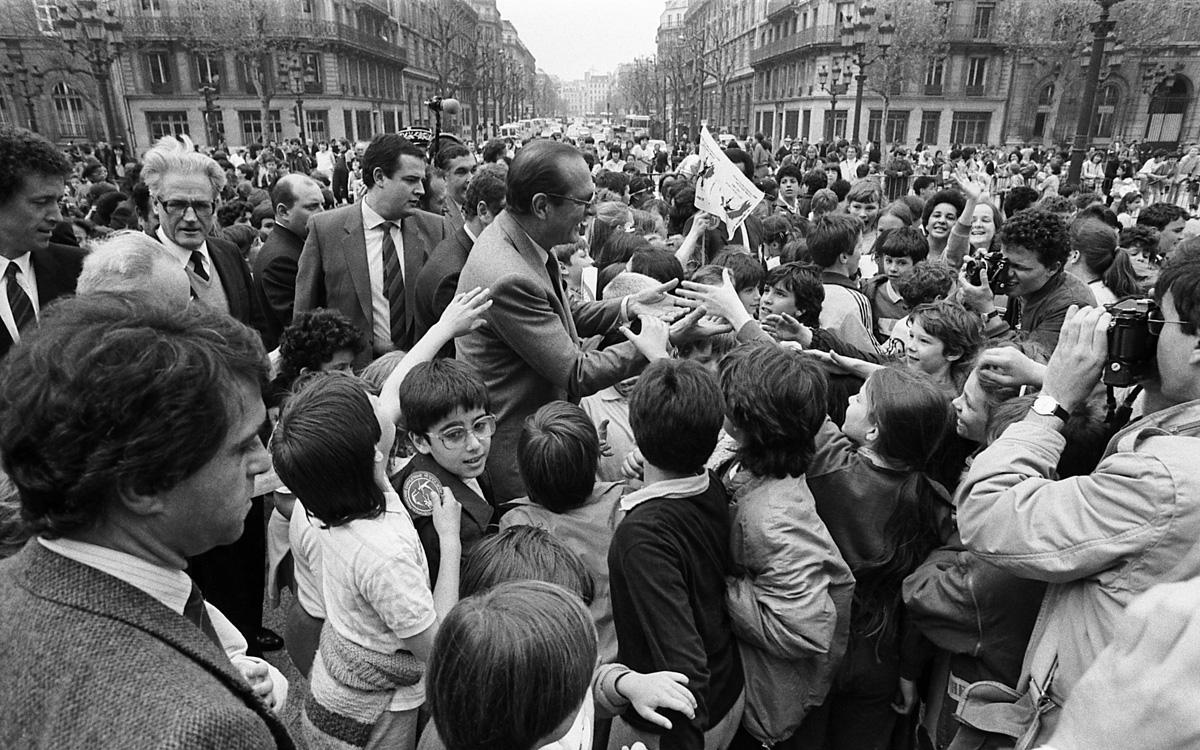 1985, 40e anniversaire du retour à la paix.