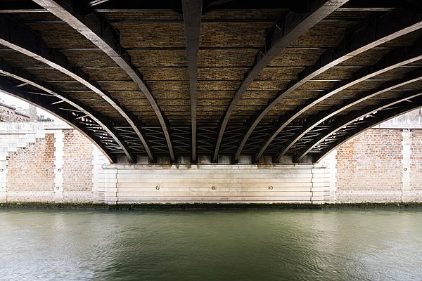 Pont au Double, construit de 1881 à 1883 par les ingénieurs Bernard et Lax