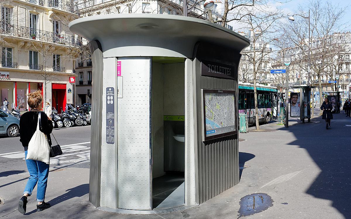 Un Toilette Ou Une Toilette les toilettes publiques à paris - ville de paris