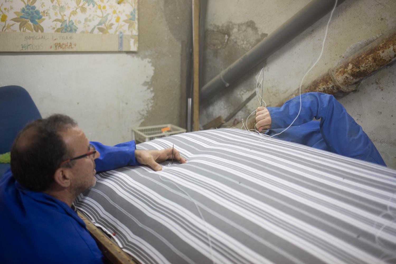 """""""Il y en a d'autres, qui lors d'un séjour en province, ont eu l'occasion de dormir sur ce type de matelas . Ils ont tellement aimé qu'ils veulent le même!"""""""