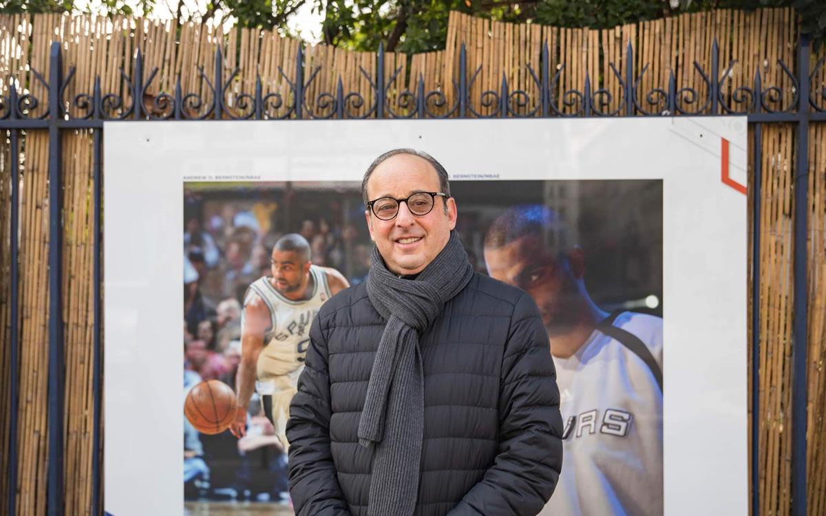 Exposition Tony Parker. Photographe : Guillaume Bontemps/Ville de Paris