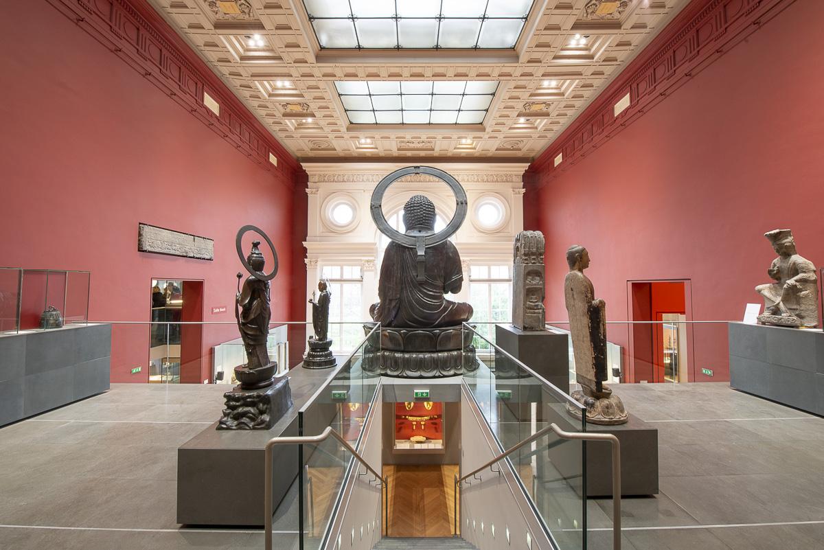 Salle des Bouddhas du musée Cernuschi