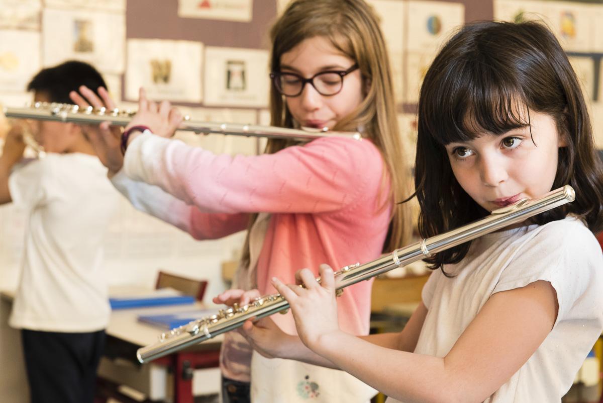 Atelier périscolaire d'apprentissage de la musique animé par les conservatoires de la ville