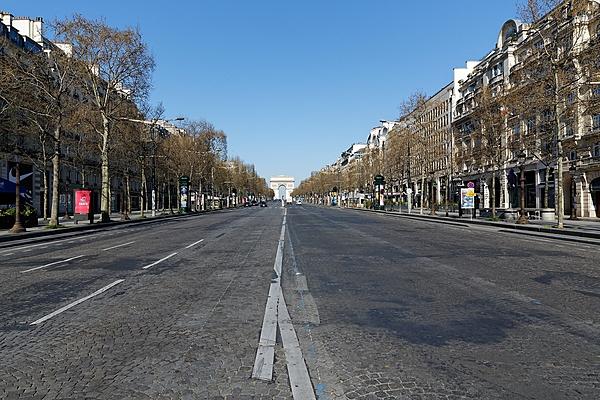 Avenue des Champs-Elysées 8e