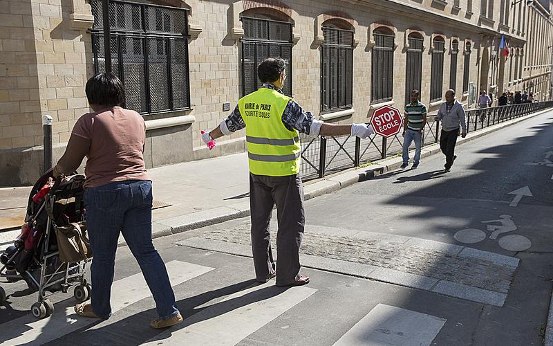 Protection à la sortie des écoles