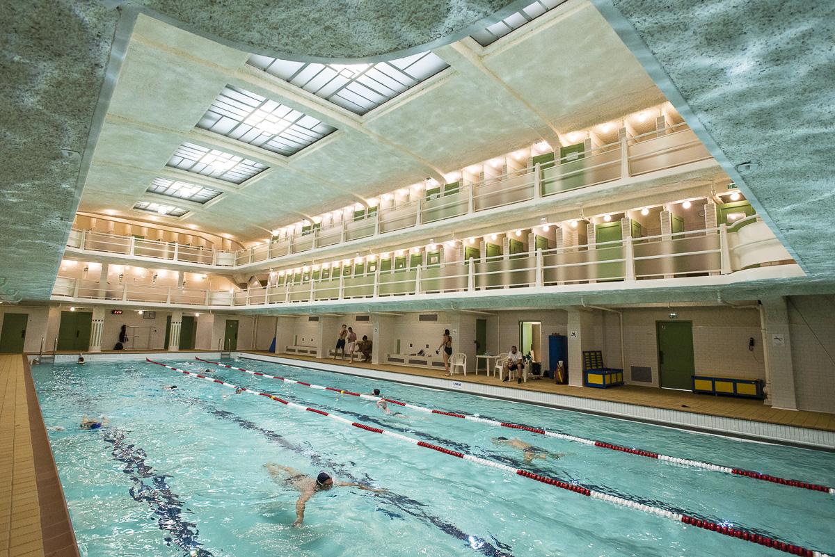 De style Art déco, la piscine des Amiraux est classée Monument historique depuis 1993.