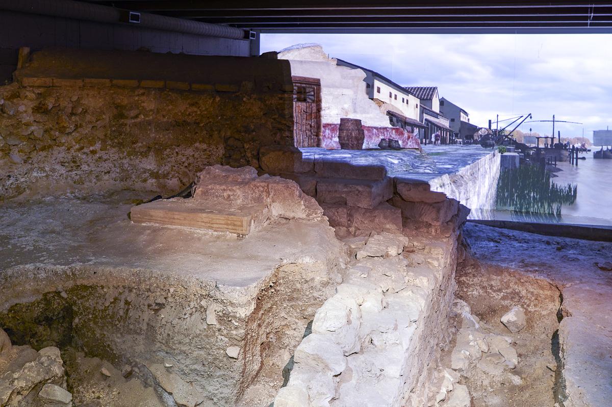 Crypte archéologique de l'île de la Cité