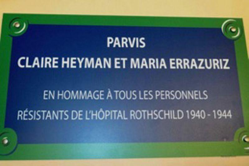 Plaque en hommage à Claire Heyman et Maria Errazuriz, assistante sociale et infirmière à l'Hôpital Rothschild, parvis de l'Hopital situé à l'angle de la rue de Picpus et de la rue Santerre
