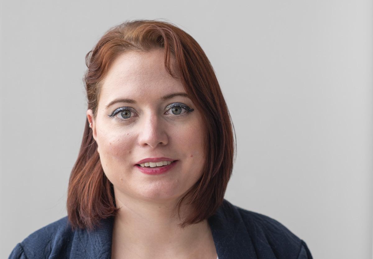 Alix Quéré, coordinatrice en charge des activités pédagogiques au Mémorial de Drancy