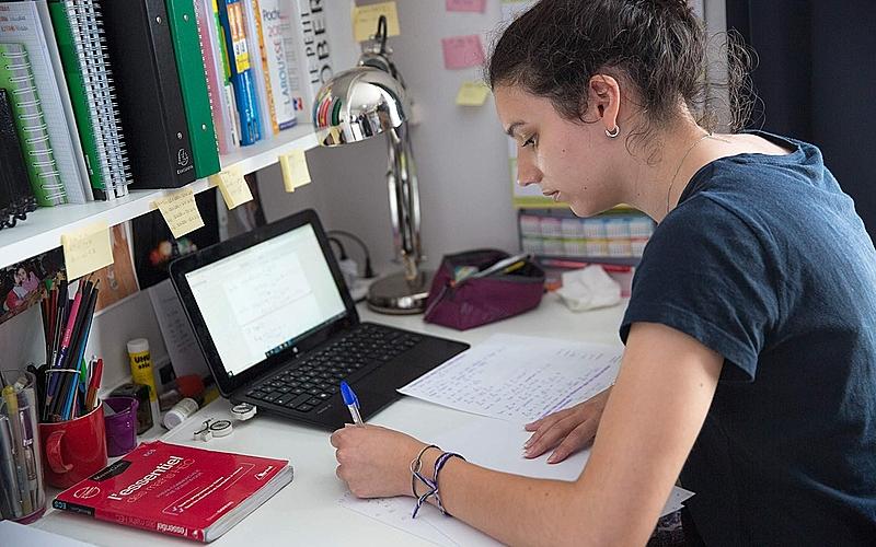 Confinement : les dispositifs pour soutenir les étudiants