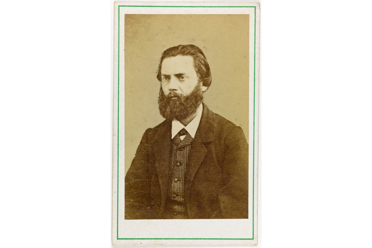 Portrait de Jules Vallès (1832-1885), écrivain, publiciste et membre de la Commune en 1871.