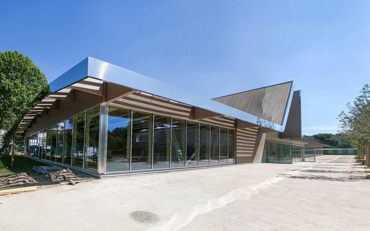 Le centre sportif Suchet.