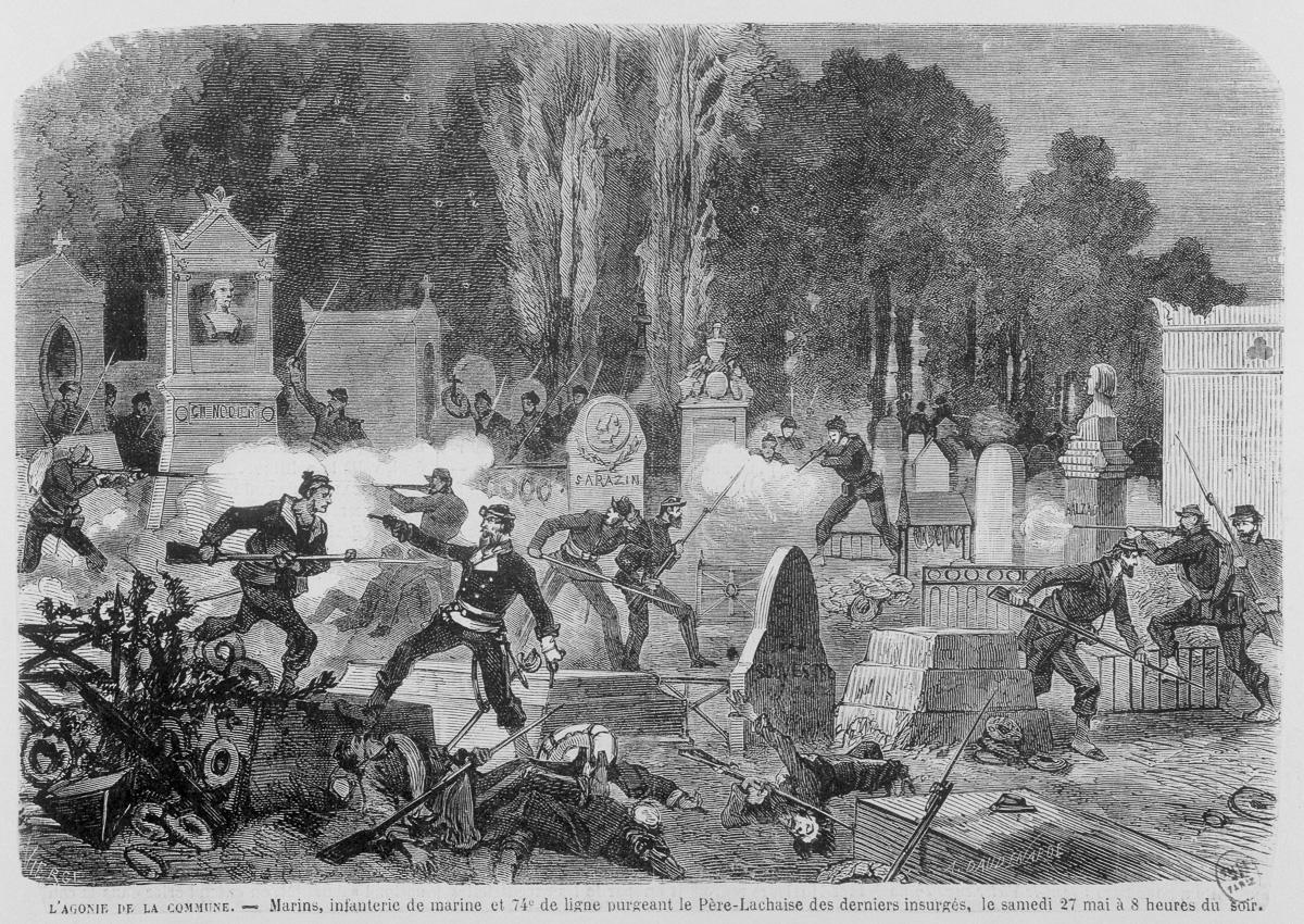 Lagonie de la Commune : marins, infanterie de marine et 74ème de ligne purgeant le Père Lachaise des derniers insurgés le samedi 27 mai 1871 à 8 heures du soir