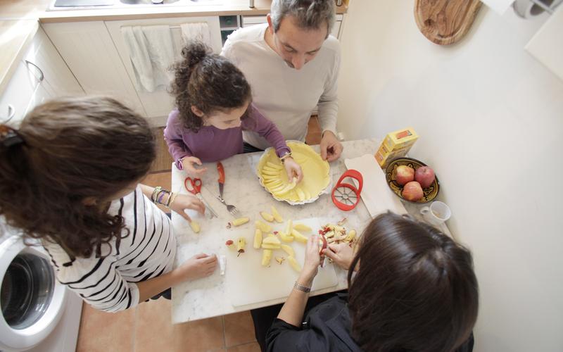 Cuisiner en famille.