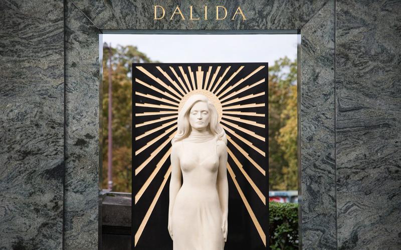 La tombe de Dalida.