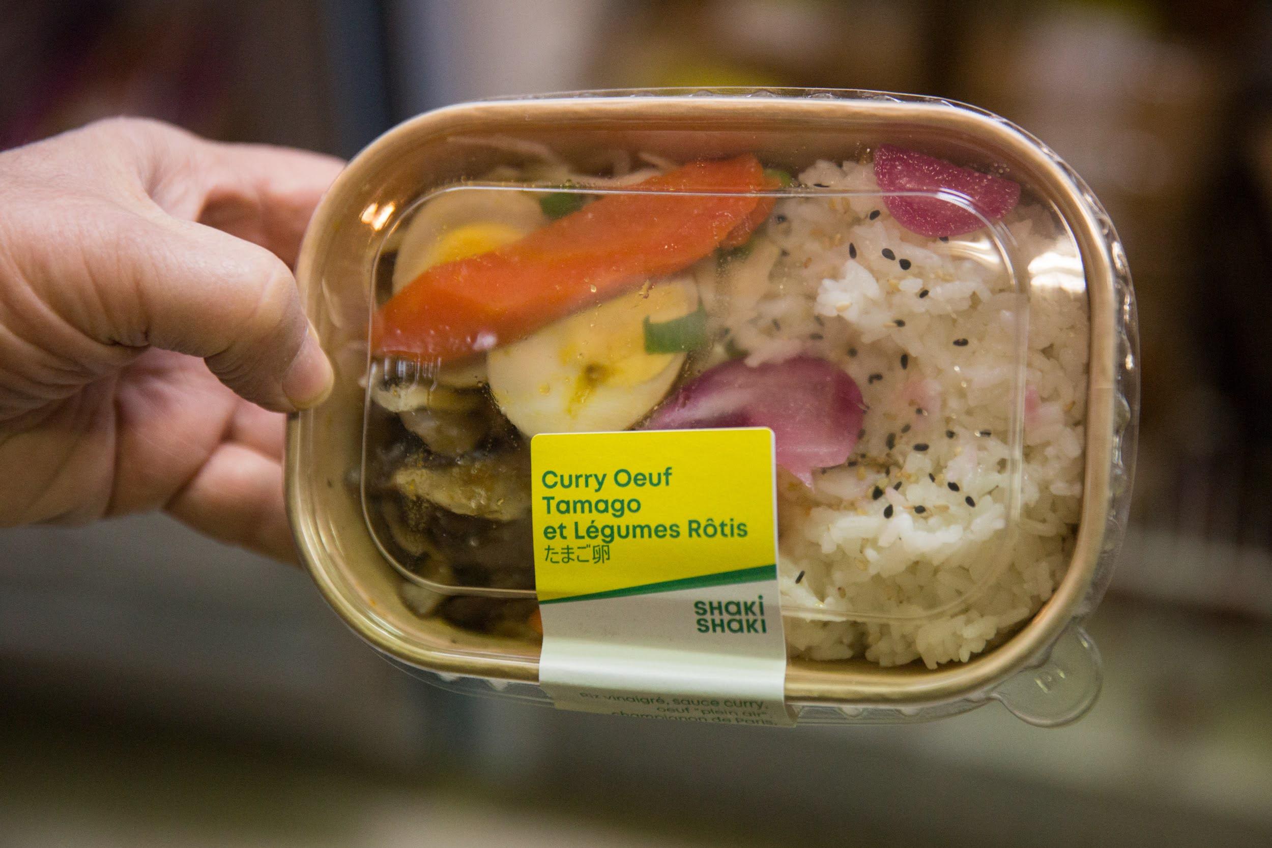 Nueva distribución de alimentos para estudiantes y mayores de 64 años, a cargo del MIE y restos du coeur, 9