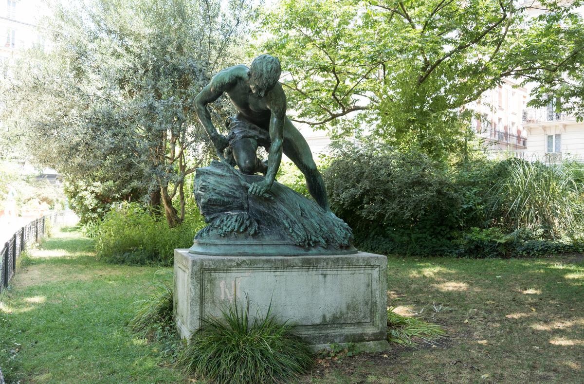 Le Botteleur, Jacques PERRIN, 1891, Square Maurice Gardette