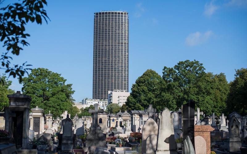 Le cimetière du Montparnasse.