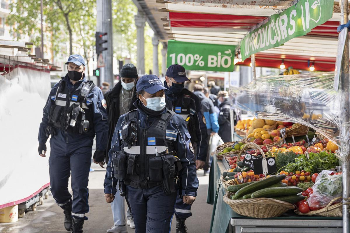 Sécurité dans les marchés parisiens