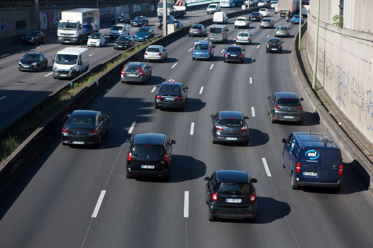 Des voitures sur le boulevard périphérique en 2019