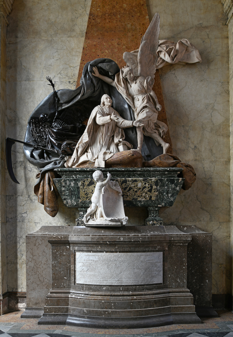 Tombeau du curé Jean-Baptiste Languet de Gergy