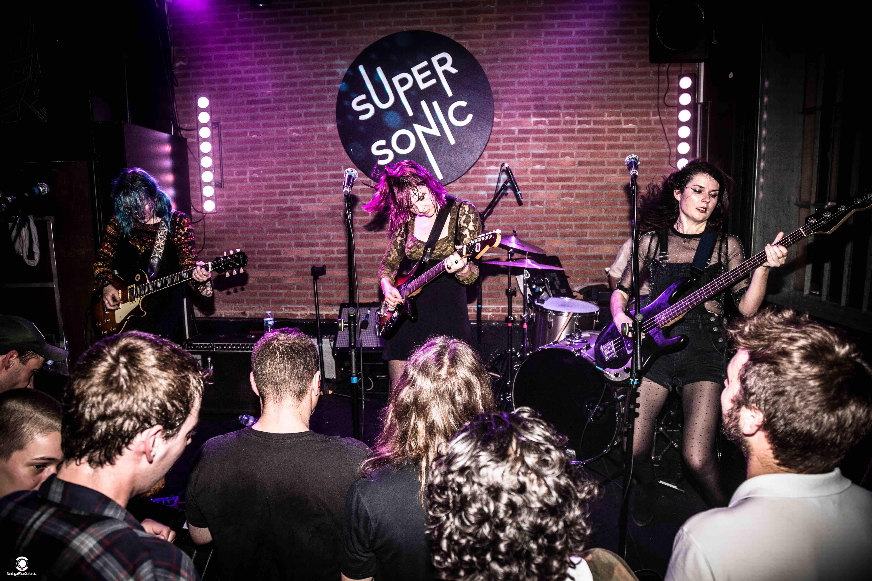 Bleached au Supersonic