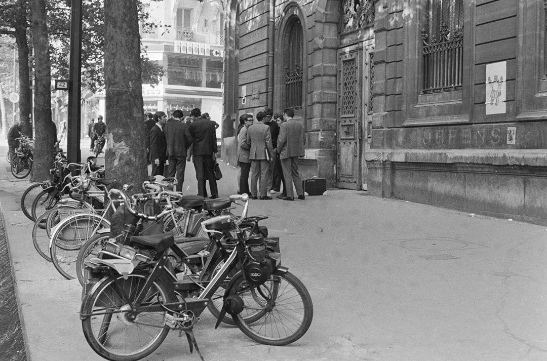 Reprise des cours au lycée Saint-Louis, 13 juin 1968 copyright Pierre Drecq /Fonds France-Soir/BHVP/Roger-Viollet