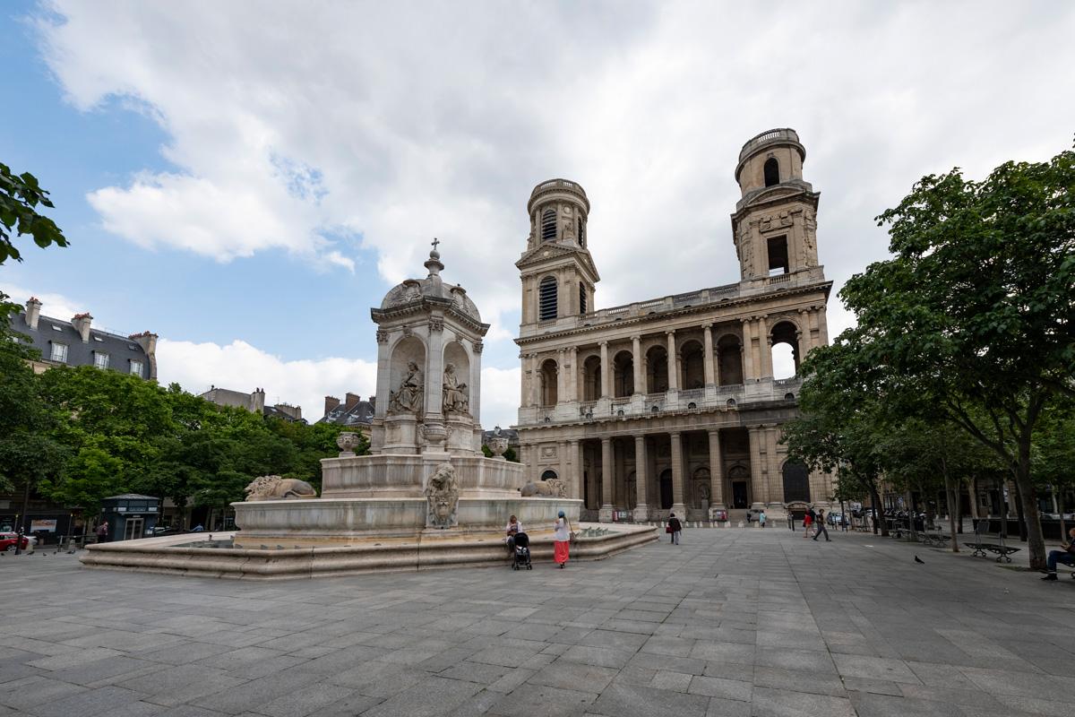 La Fontaine et l'Eglise de Saint Sulpice