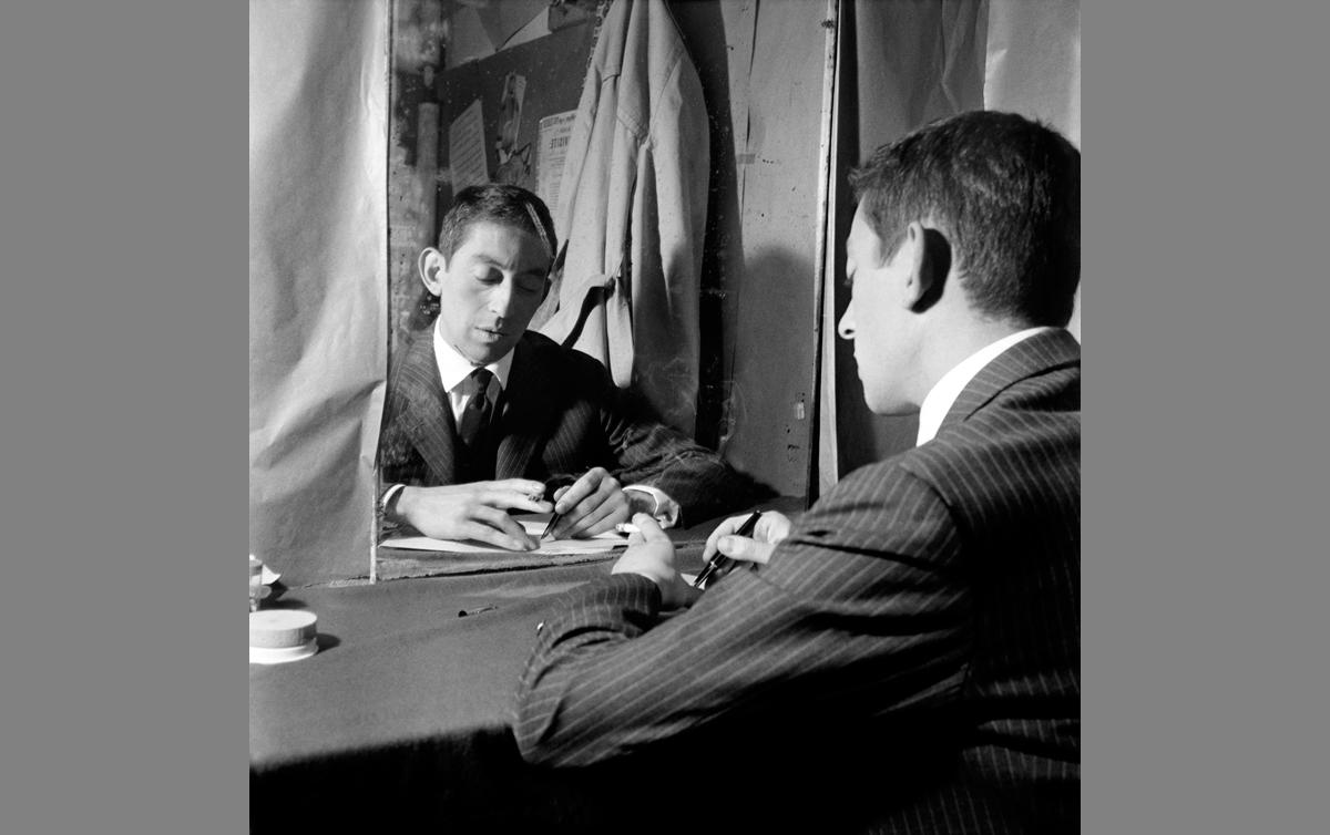 Serge Gainsbourg (1928-1991), chanteur et compositeur français. Paris, Théâtre de l'Etoile, septembre 1959.