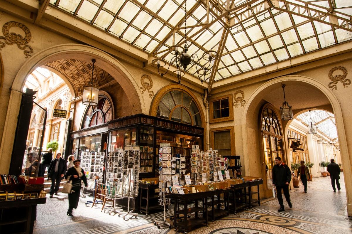 La galerie Vivienne (2e), où habitait Vidocq, qui inspira l'écrivain pour son célèbre Vautrin.