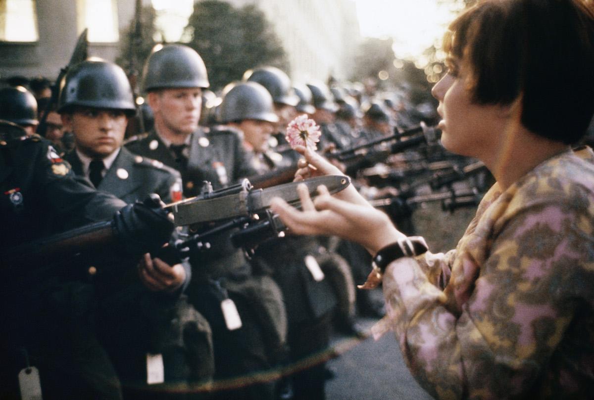 La jeune fille a la fleur - Washington 1967