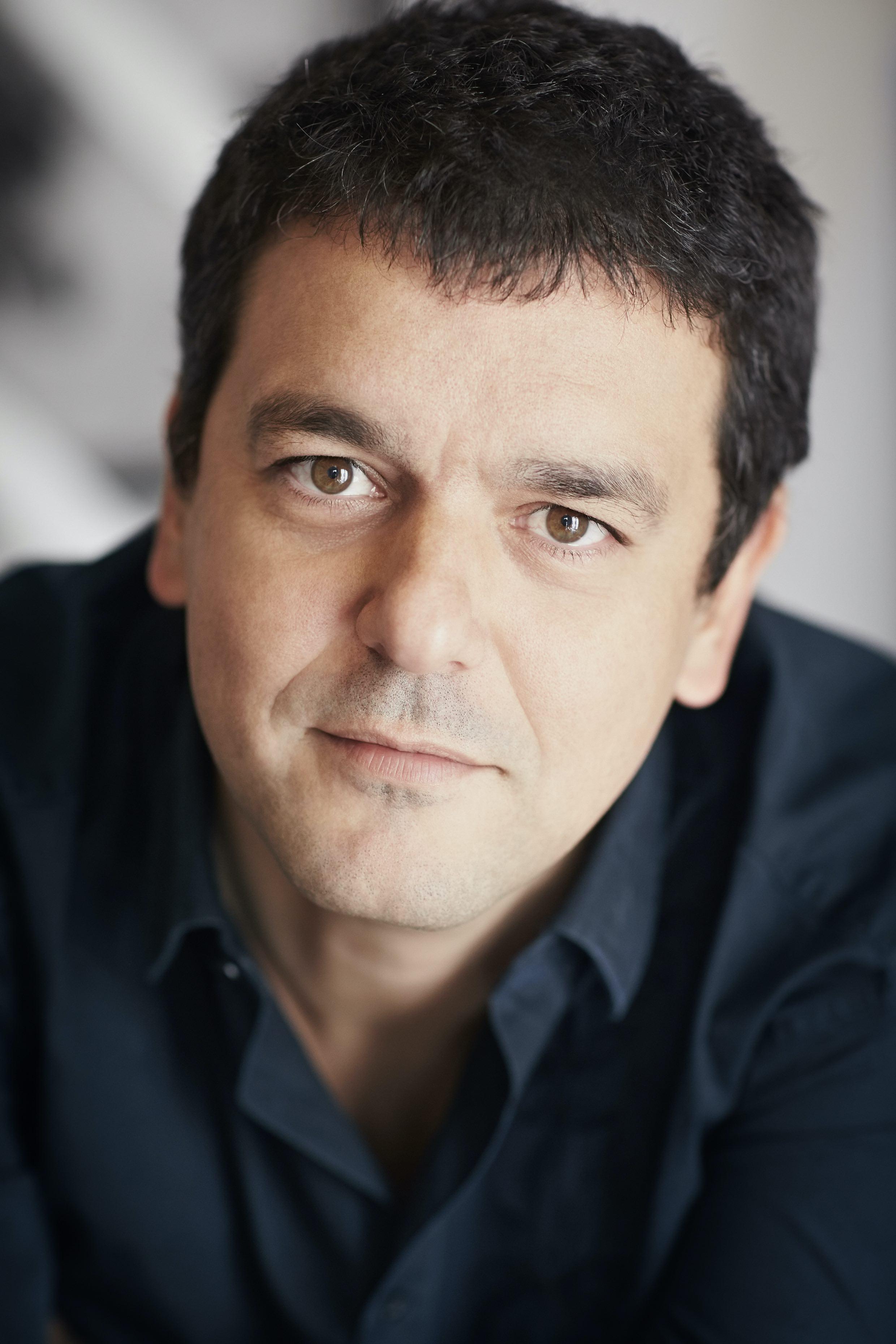 Joan Sfarr