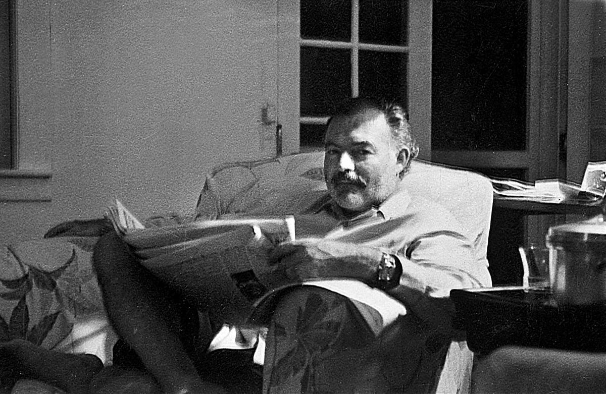 Ernest Hemingway (1899-1961), écrivain américain, prix Nobel 1954.