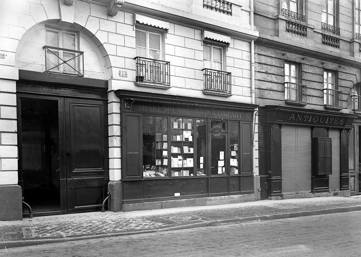 """La librería """"Shakespeare and Company"""", 12 rue de l'Odéon,"""