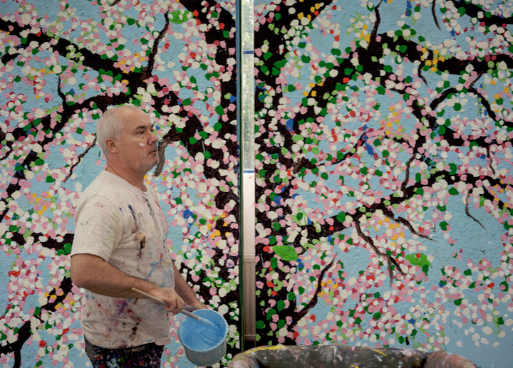 Damien Hirst dans son studio, 2018.
