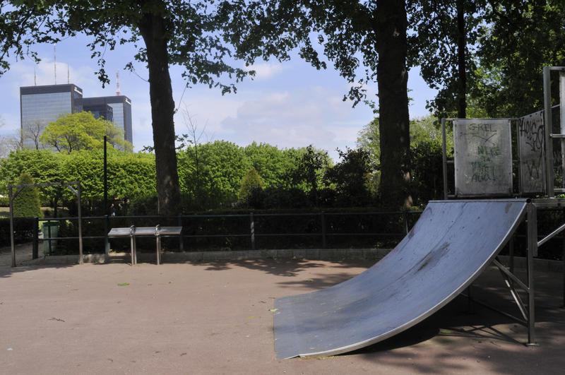 Parque de patinaje en la plaza Severine
