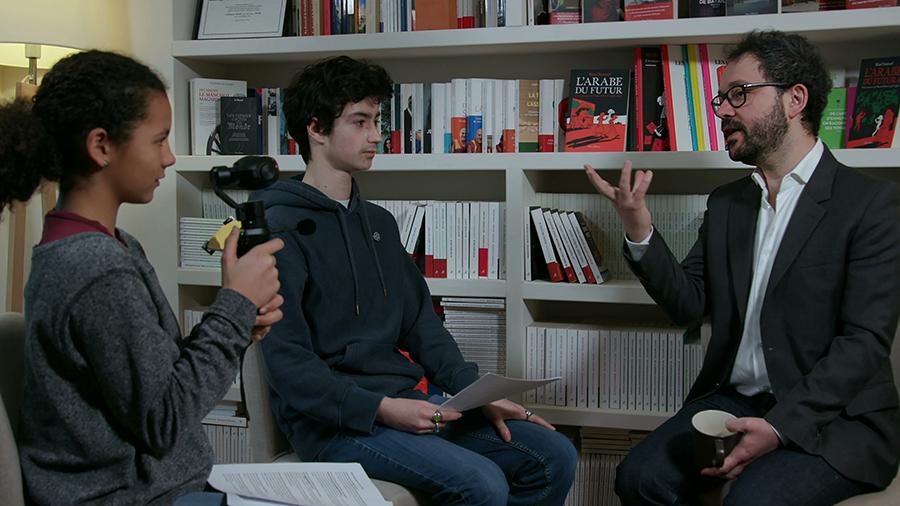 photo d'interview de Riad Satouf