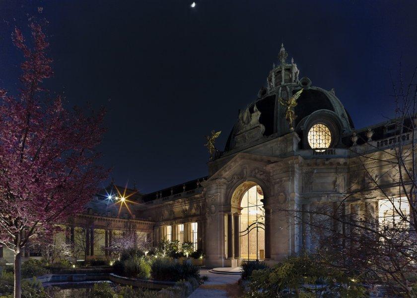 Le Petit Palais,  la nuit © Benjamin Soligny