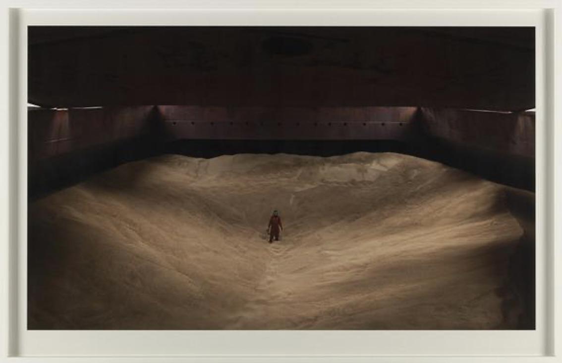 Evangelia Kranioti, Desert on board, série : Exotica, erotica, etc., 2011, Photographie, Impression jet d'encre sur papier contrecollé sur Dibond, 83.9 x 129.3 cm, édition 1/5 + 2EA